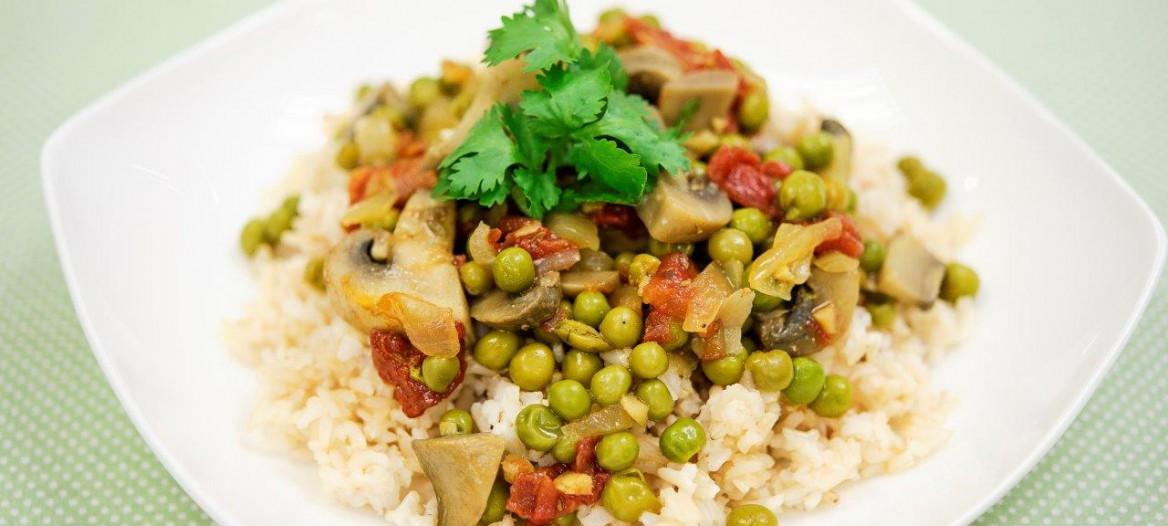 mushroom-pea-curry