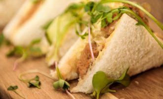 Seitan sandwiches