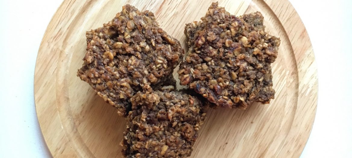 Gingerbread Oat Bars Image